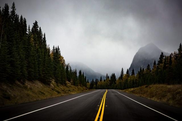 Icefields Parkway - Jasper, Alberta - Tracey Sawatzky, Adventure Photographer