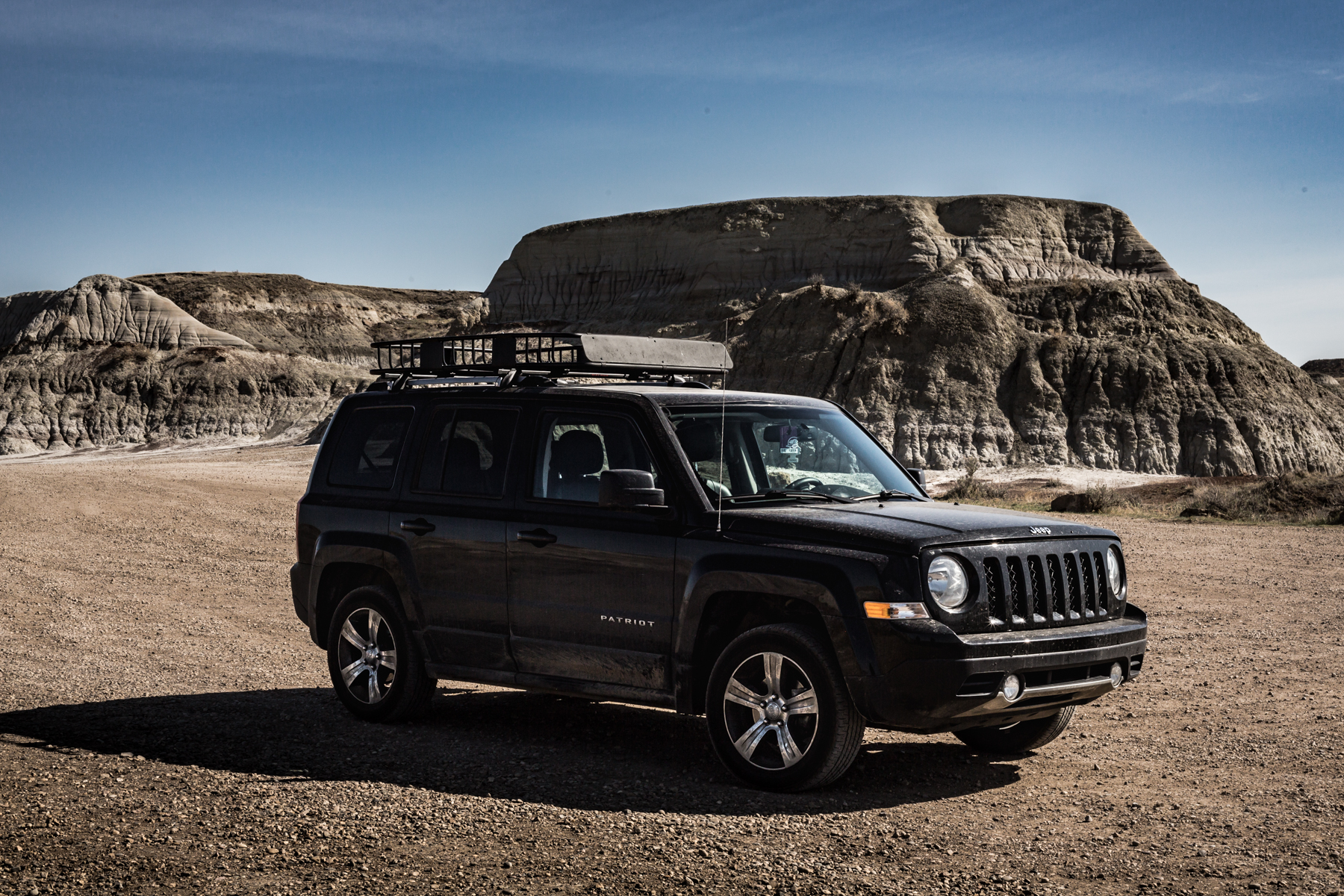 2017 Jeep Patriot with roof rack in the badlands